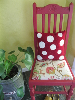 How to protect your upholstered chairs from dirt and stains