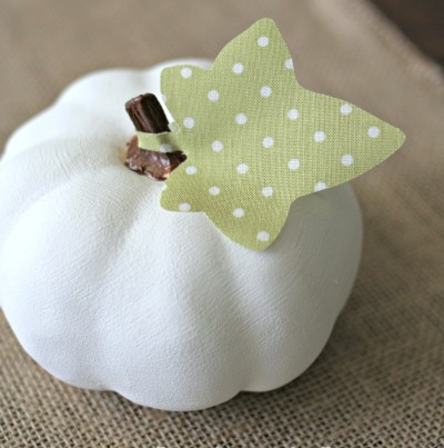 Chalk Paint Pumpkins with Fabric Leaves