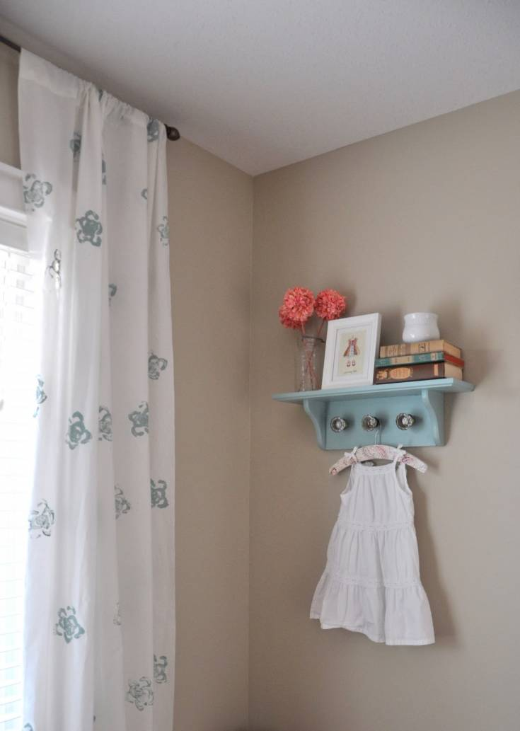 DIY celery stamped curtains